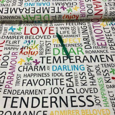 színes szófelhő mintás pamut karton