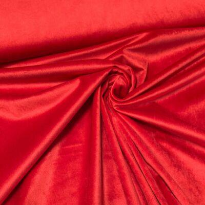 piros színű bársonyfüggöny