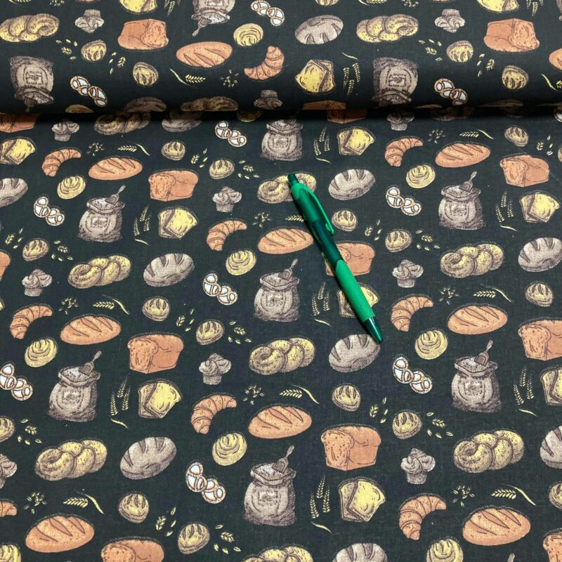 fekete alapon péksütemények mintás pamut karton