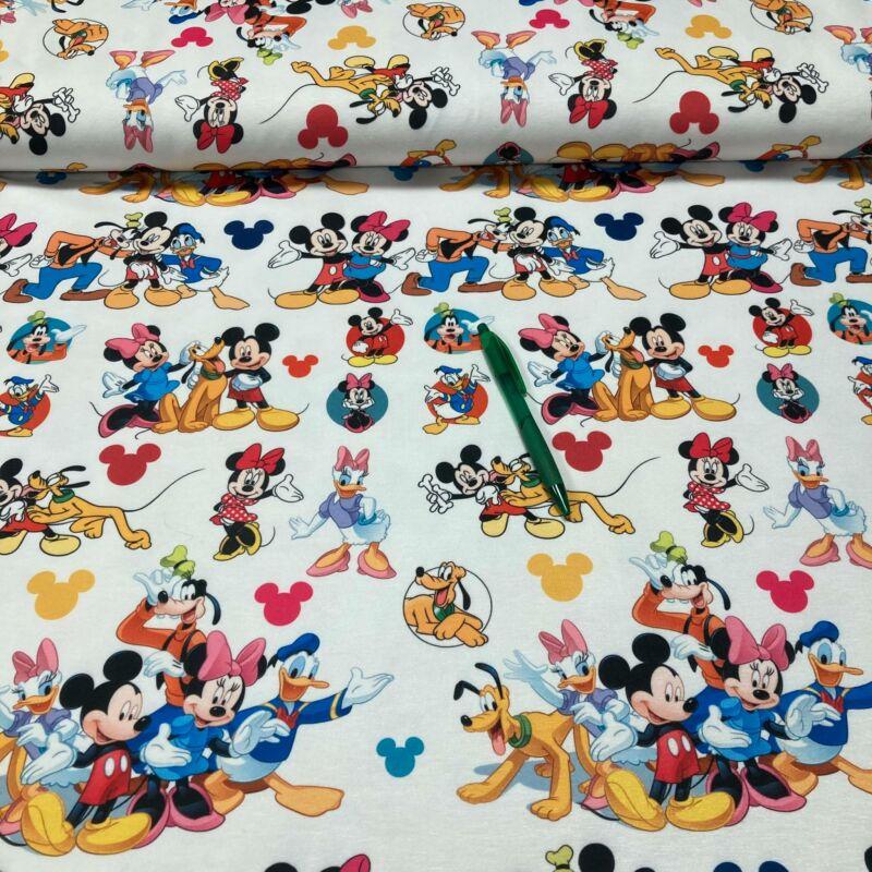 II: osztályú Disney,Mickey, Donald mintás futter anyag