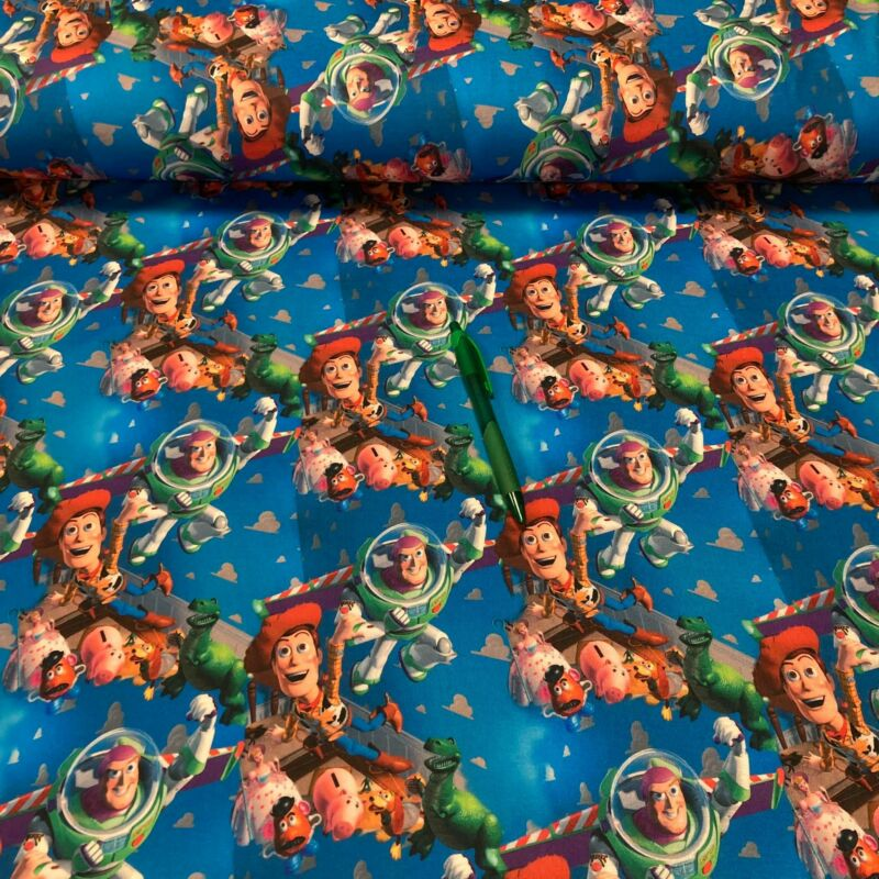 toy story mintás futter szabadidő anyag