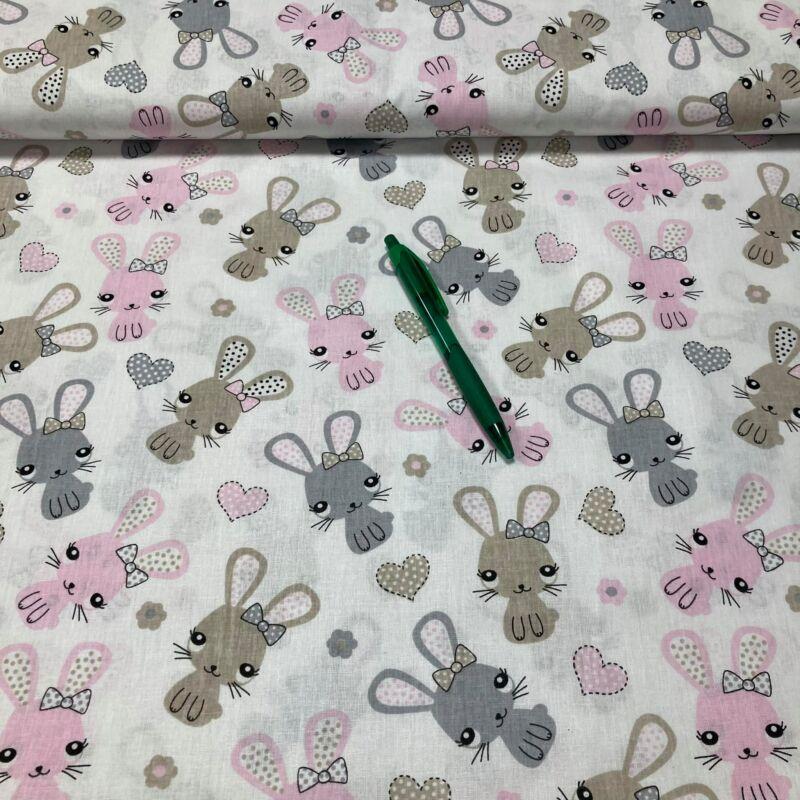 fehér alapon nyuszi mintás pamut karton
