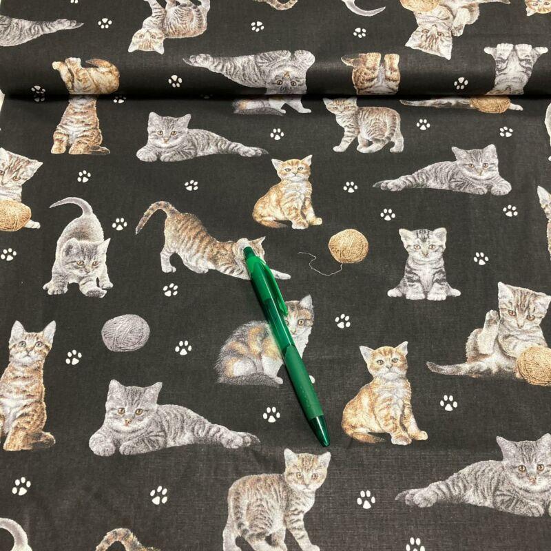 fekete alapon cica mintás pamut karton