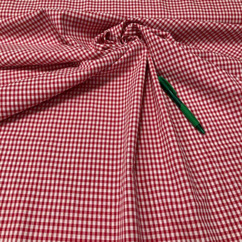 piros-fehér kockás nem sztreccs puplin