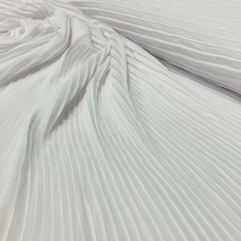 pliszírozott fehér muszlin