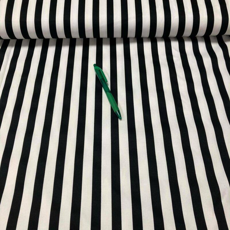 fekete-fehér csíkos szteccs vászon