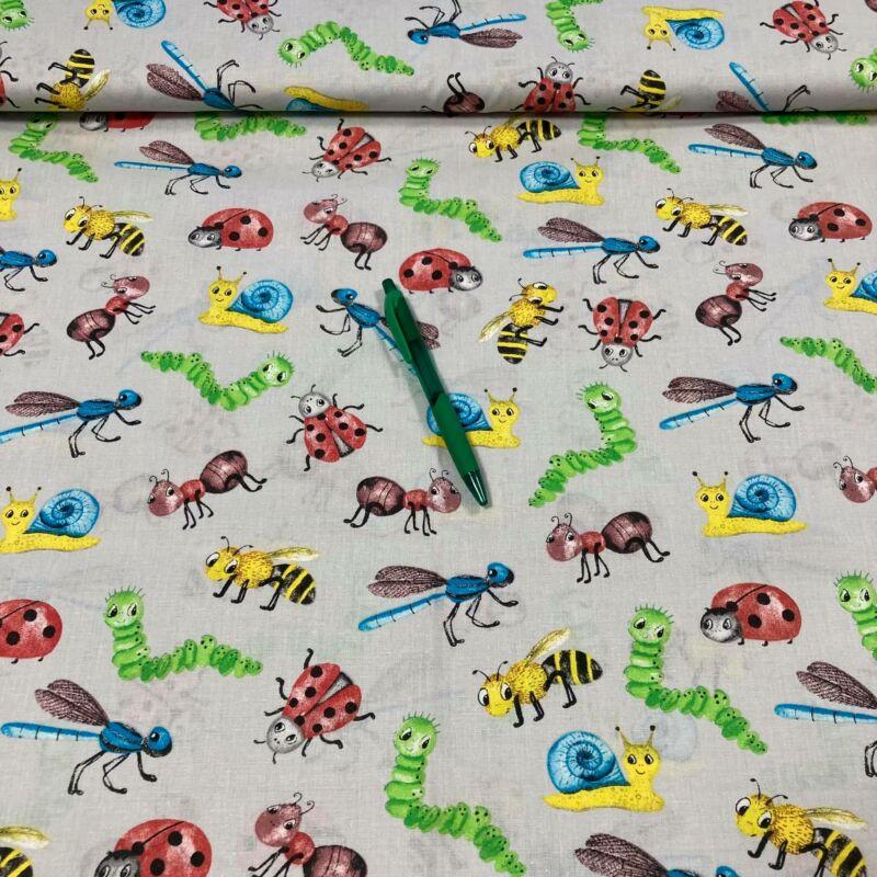 szürke alapon színes állatkák mintás pamut karton