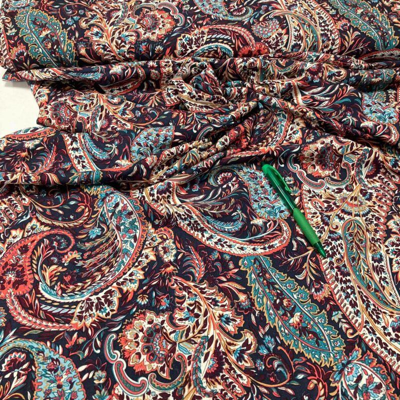 színes török mintás flokon